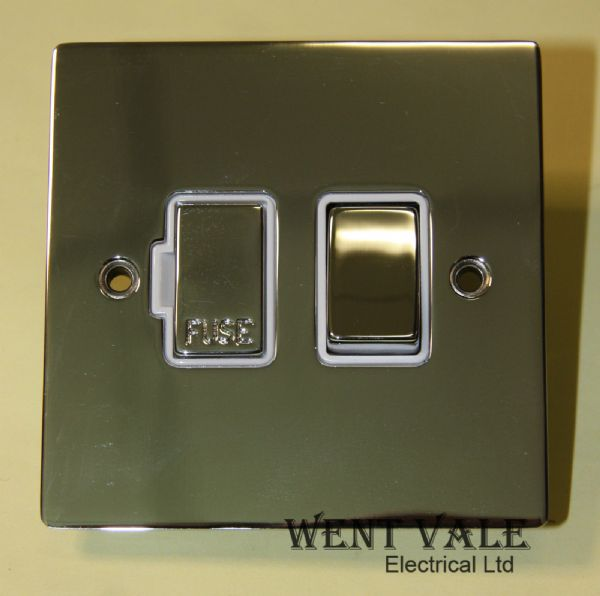 Heritage Brass T02.835.PCW - Flat Plate 13a Switched Spur Un-used in Box
